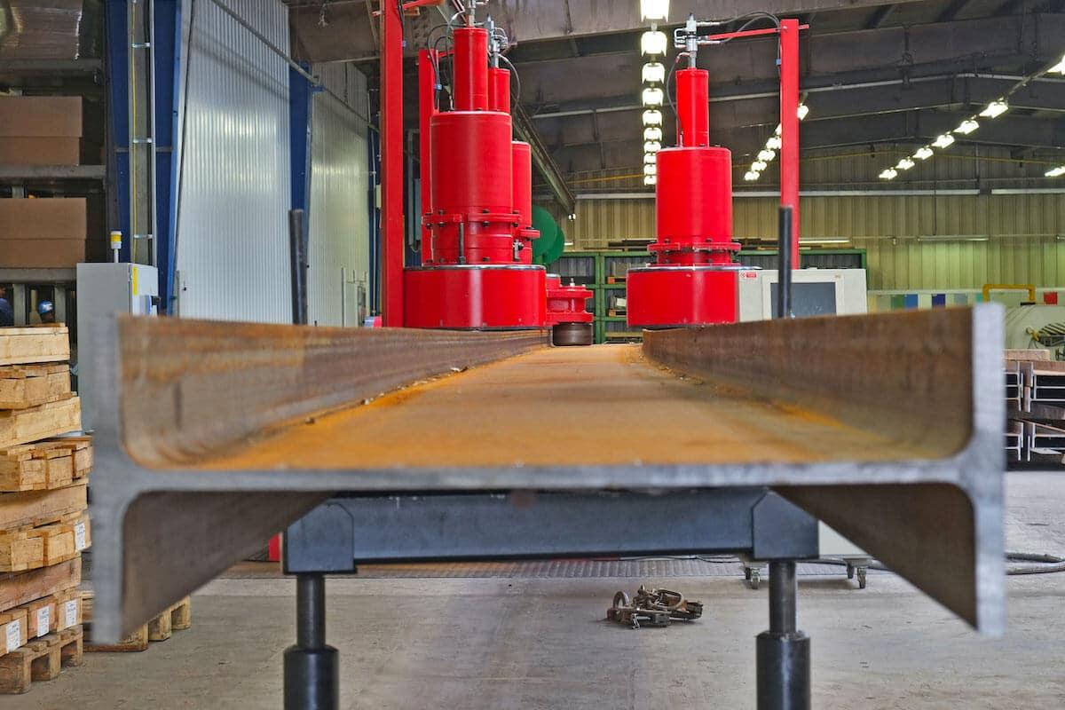 Une des plus grandes machines de cintrage (en termes de capacité) installées en Europe